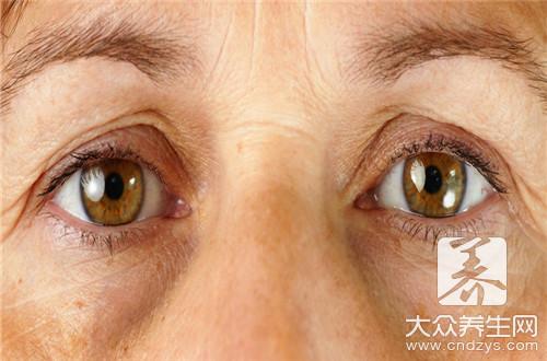 眼周围长脂肪粒的原因