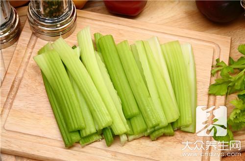酸芹菜怎么腌制?
