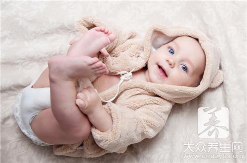 婴儿肚脐黑色怎么回事?