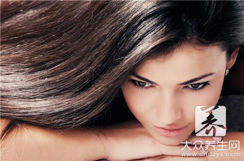 睡醒头发油是因为什么呢?